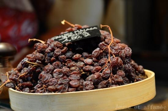 Raisins secs en grappe