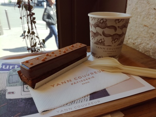 L'éclair au caramel de Yann Couvreur