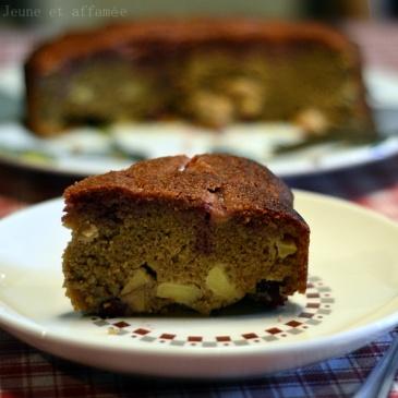 Gâteau pomme-cerise à la farine de châtaigne