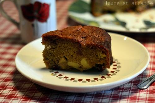 Gâteau pomme-griotte à la farine de châtaigne