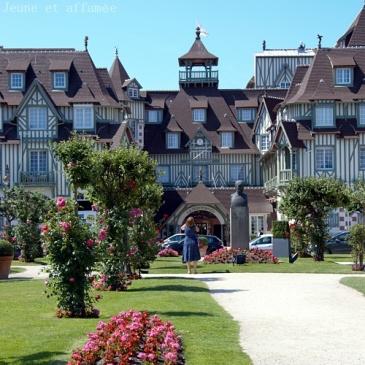 Lr'imposante façade du Normandy, Deauville
