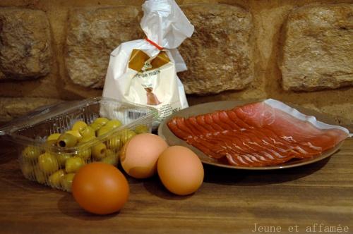 Les ingrédients du cake olive jambon