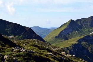 Vue sur sur Mont Ceint (Girentès) depuis Alate