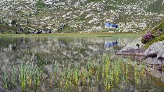 Refuge de Bassiès, reflet dans l'eau