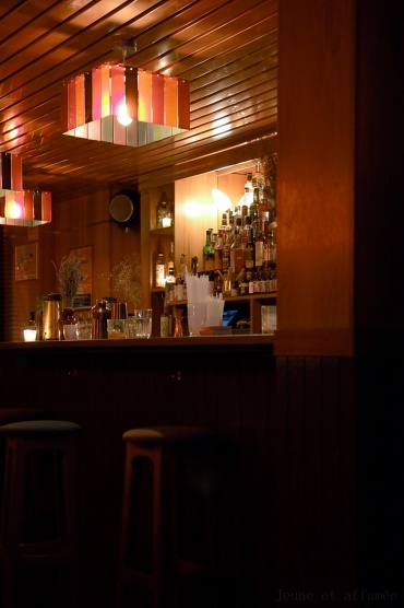 Le bar très rétro du Bluebird