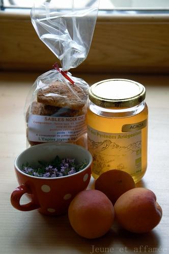 Abricots, miel et serpolet