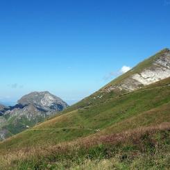 Les lacets du chemin au dessus de Coumebière