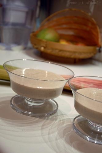 Crème rhabarbe-amande vegan