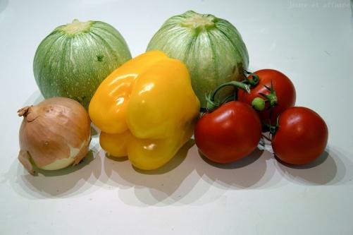Légumes pour les courgettes farcies