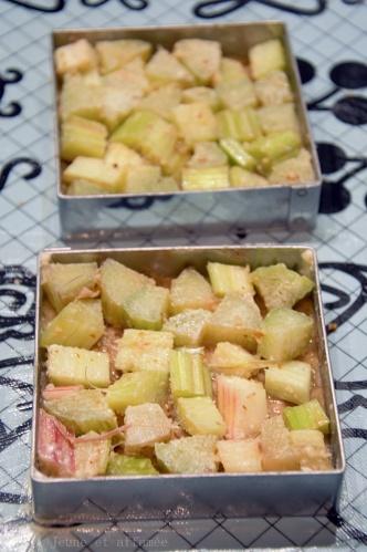 Carrés pâtissiers à la rhubarbe