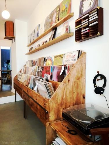 Comets café et disques