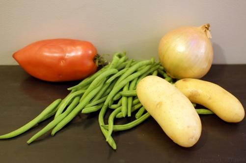Tomate, haricots verts, oignon, pomme de terre