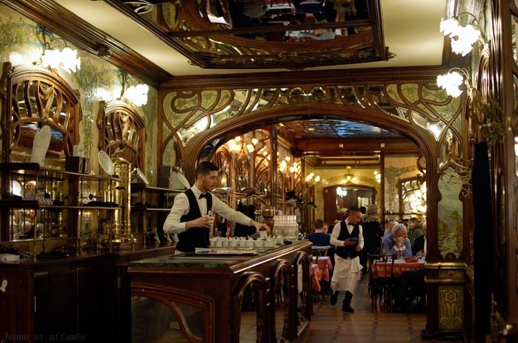 Magnifique bar chez Chartier Montparnasse