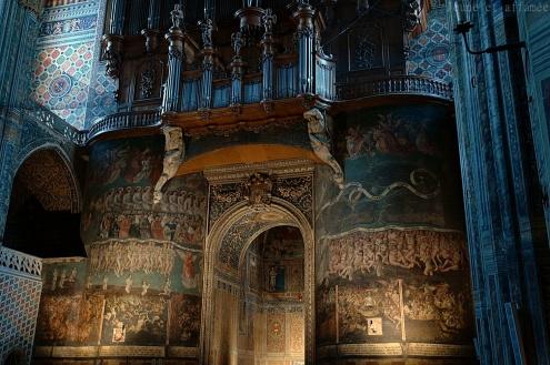 L'intérieur de la cathédrale Sainte-Cécile