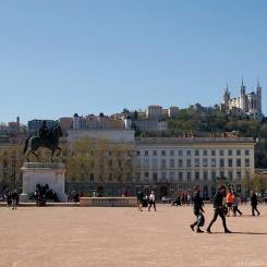 Place Bellecour et vue sur Fourvière, Lyon