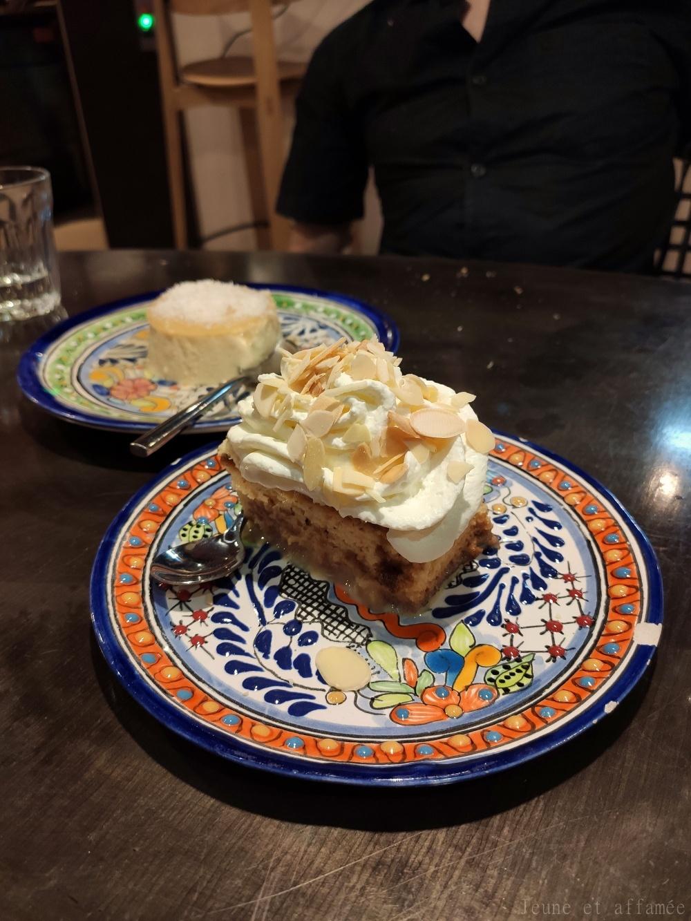 Gâteau tres leche chez ACA Pigalle